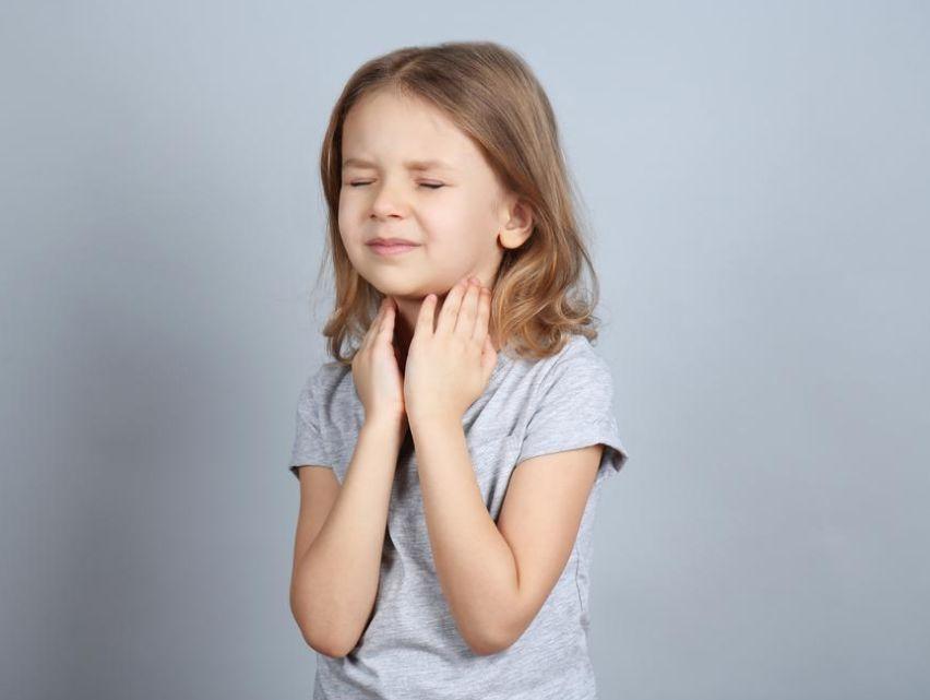 علاج التهاب الحلق عند الأطفال ..