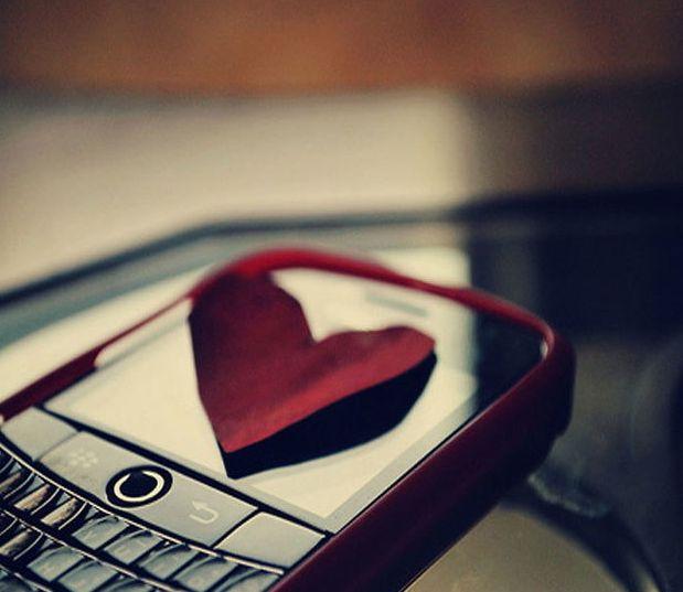 كيف أجعل شخص يحبني عن طريق الرسائل ؟ الإجابة في 15 سر