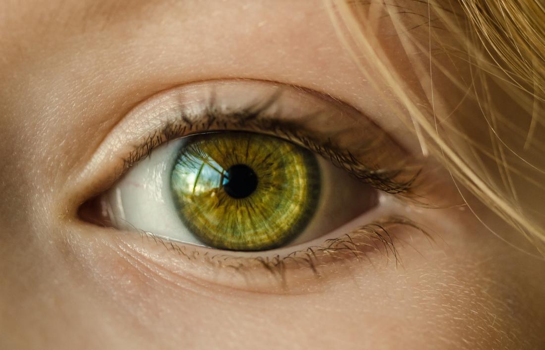 هل يمكن تغيير لون العين