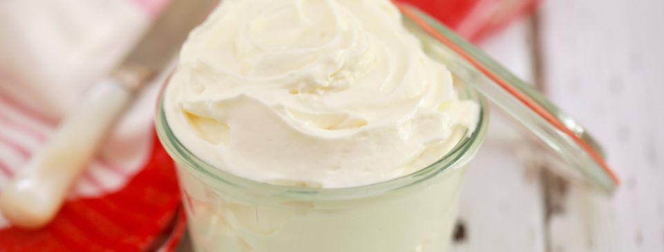 1 – الجبنة الكريمية أو الجبنة كريم Cream Cheese
