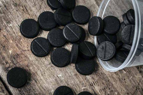 حبوب الفحم للقولون