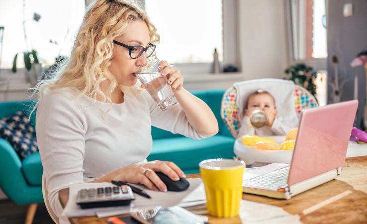 شرب الماء اثناء الرضاعة