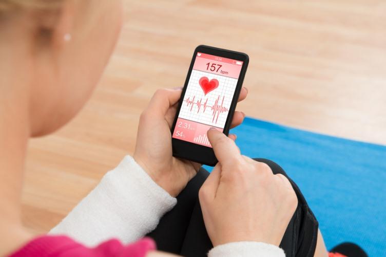 قياس-نبضات-القلب-عن-طريق-الأجهزة-الذكية