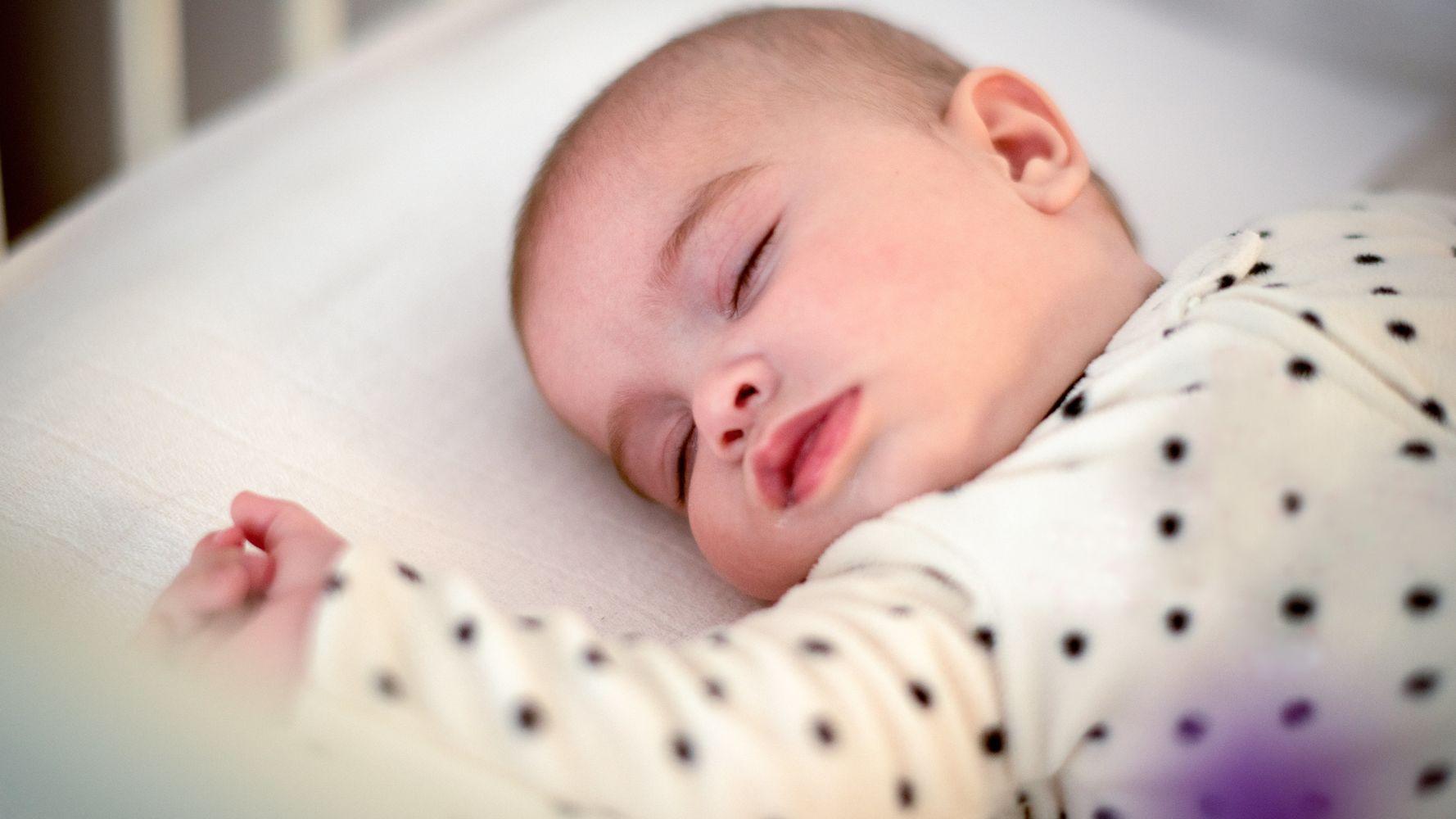 اسباب قلة نوم الرضيع 3