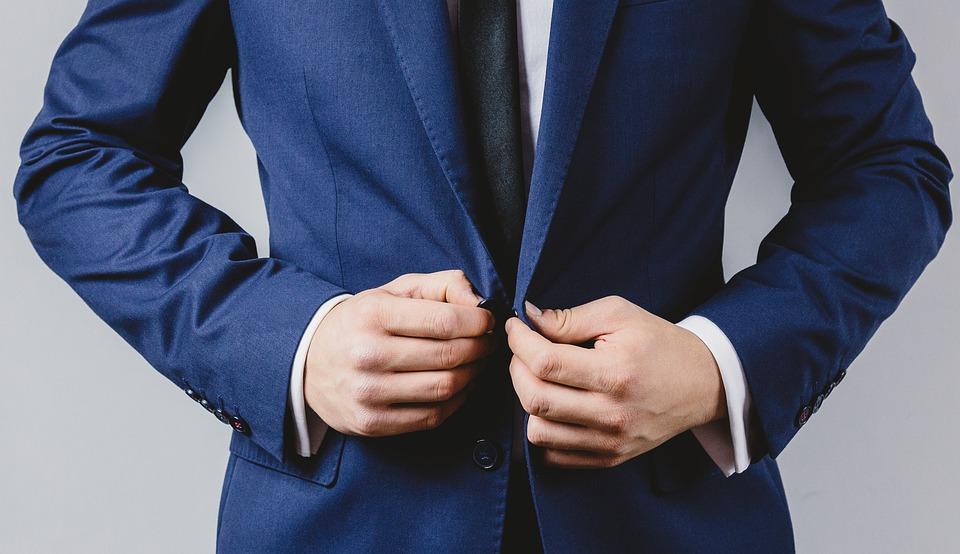 ماذا ترتدي في اول مقابلة عمل