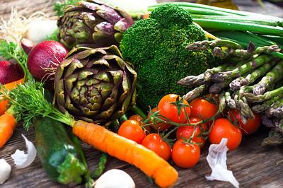 هل يمكن علاج تشمع الكبد بالأعشاب أو الغذاء؟