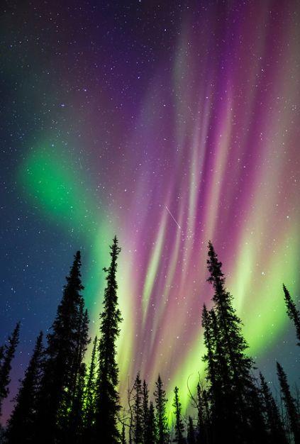 ألوان الشفق القطبي
