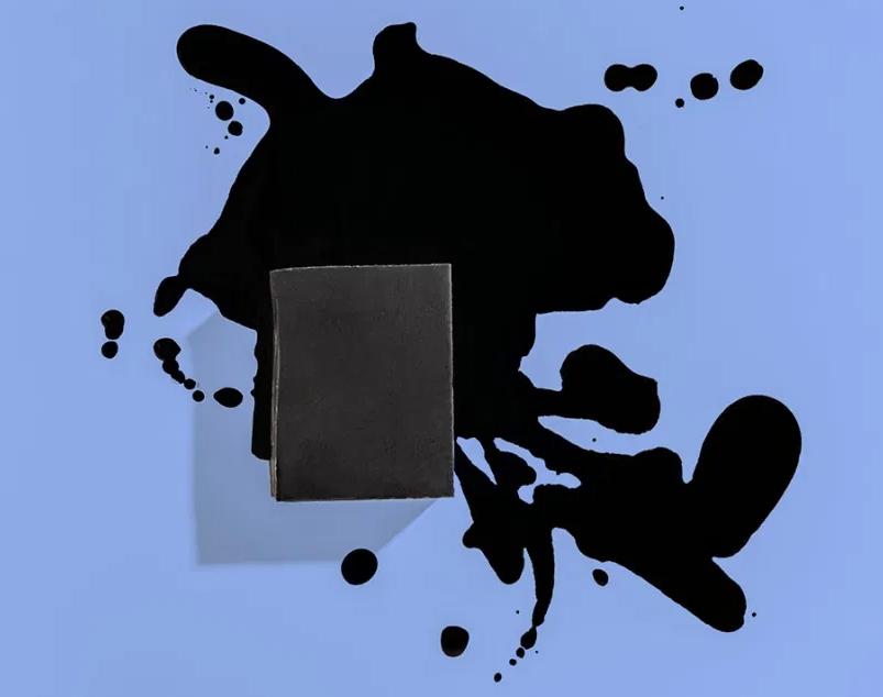 صابونة الفحم الأسود للبشرة ..