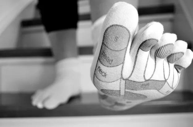 ألم في إصبع القدم الكبير الأيمن