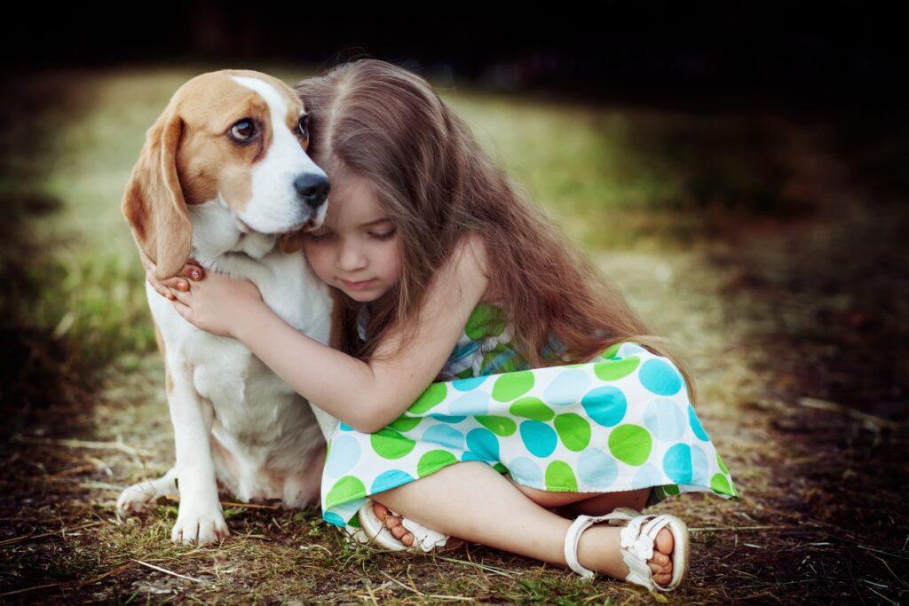الحيوانات الأليفة تعلم الأطفال العطف