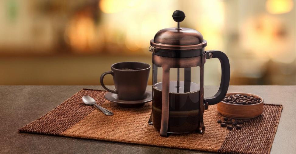 6 – القهوة الفرنسية بمكبس القهوة French press