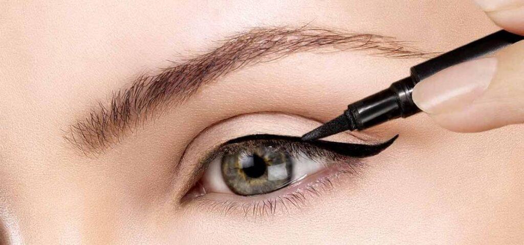 طرق وضع كحل الأثمد حسب شكل العين
