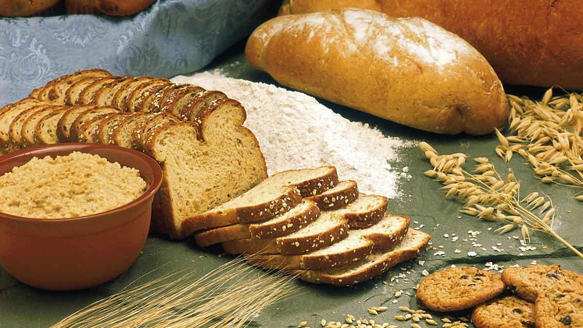 ما هي فوائد خبز الشوفان Oat bread؟ وهل يمكن تناوله؟