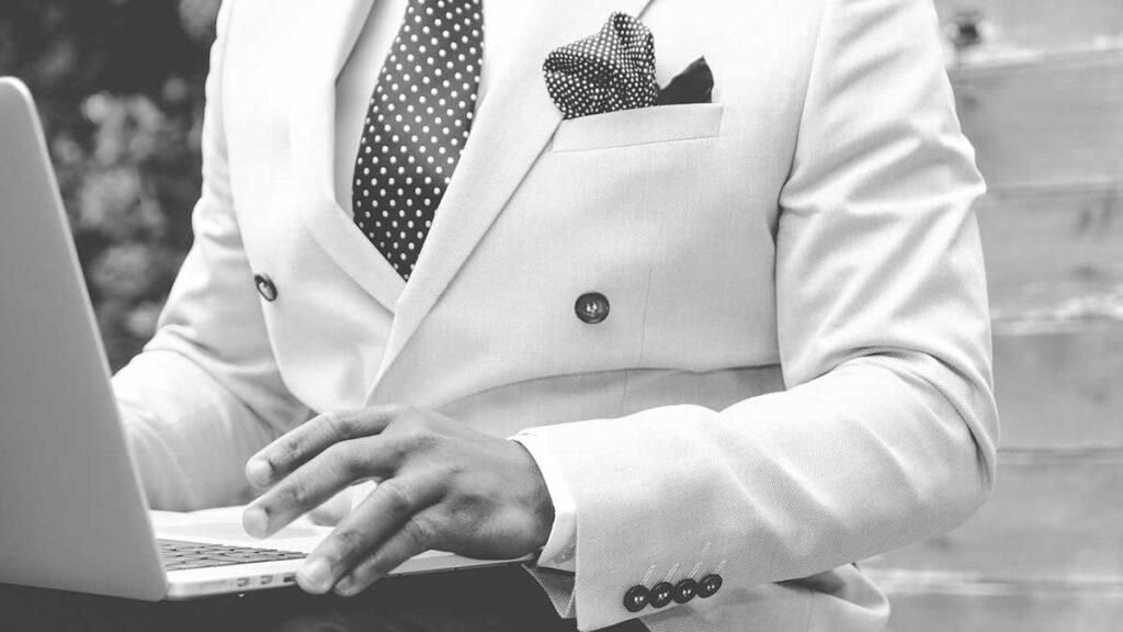 1 – حدد جمهورك ... من سيقرأ تقرير العمل الذي تكتبه؟