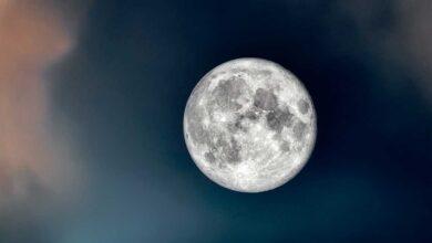 هل القمر كوكب أم نجم؟ إليك حقيقة أمر القمر
