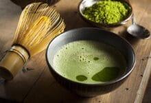 يعد شاي الماتشا من أجود أنواع الشاي الياباني، فهو يتمتع بمذاق شهي، فضلًا عن فوائده الصحية العديدة، تعرف على طريقة تحضير شاي الماتشا بوصفات بسيطة.